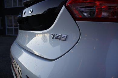 Volvo-V40-T4-R-Design-17