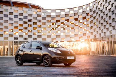 Nissan reveals stylish new LEAF Black Edition