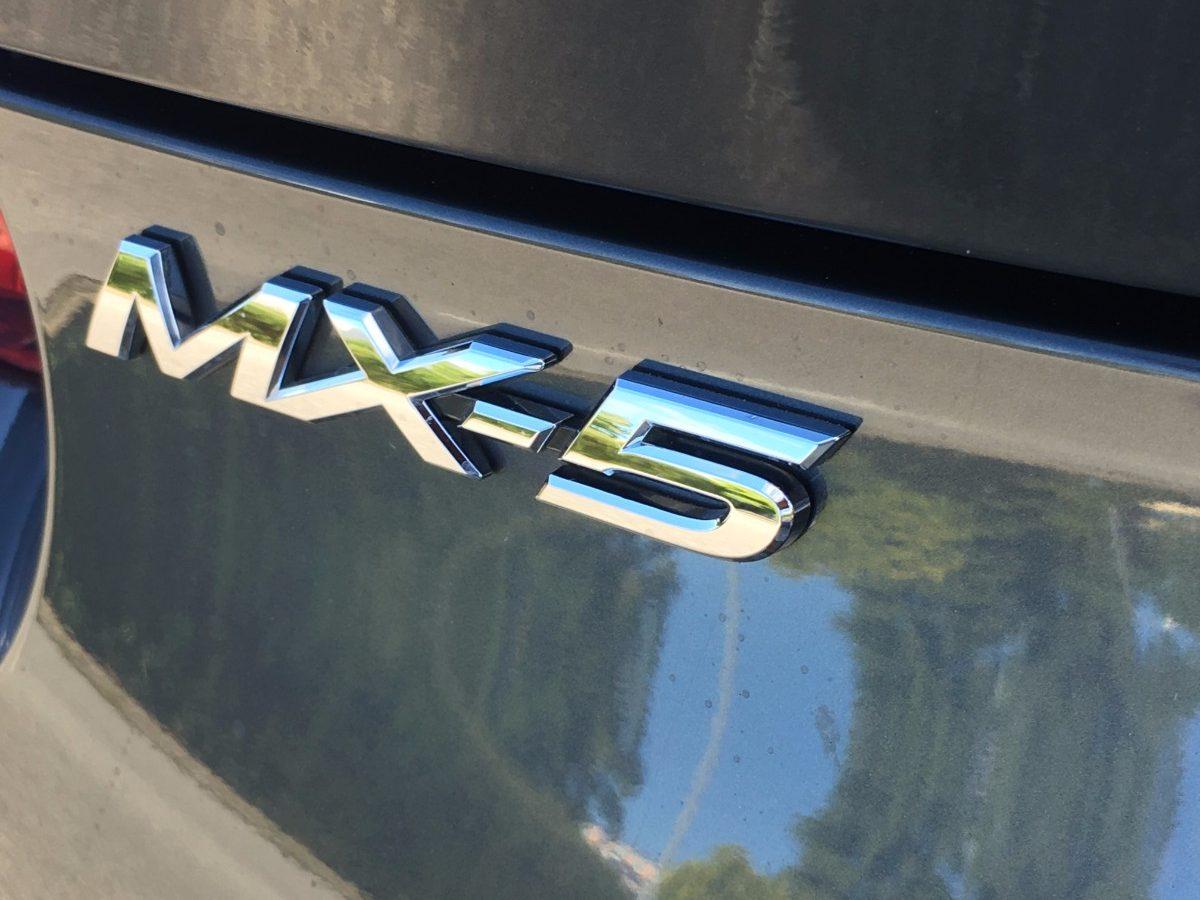 Test – Mazda MX-5 RF 2.0 Skyactiv – Køreglæde til folket