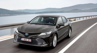 Toyota-Camry_Hybrid_EU-Version-2019-1600-11