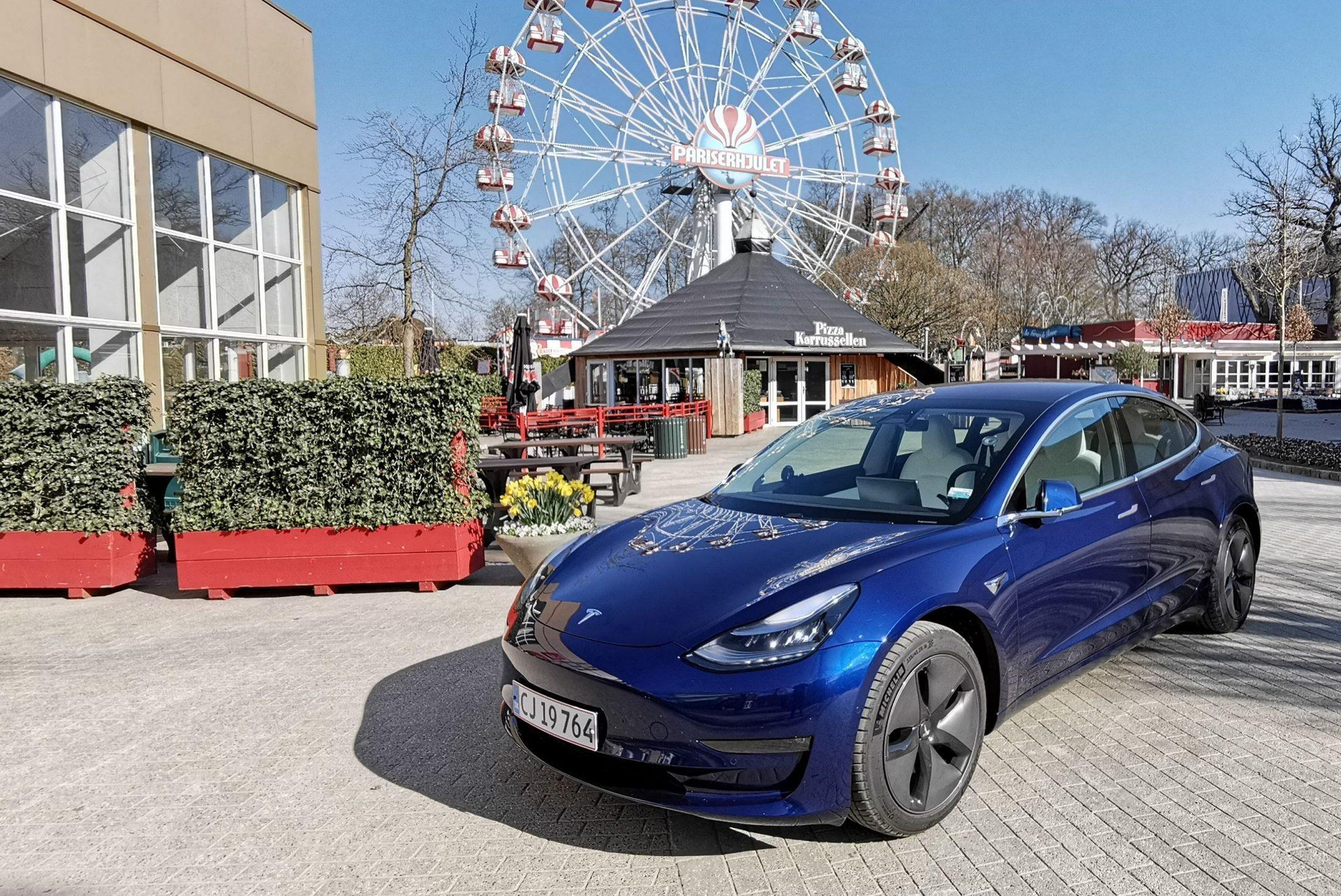 Test: Tesla 3 er svær at komme udenom